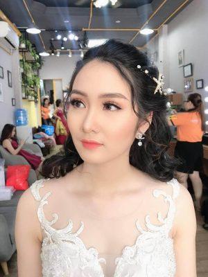 Top 7 kiểu tóc đẹp cho cô dâu mặc áo dài cưới (3)
