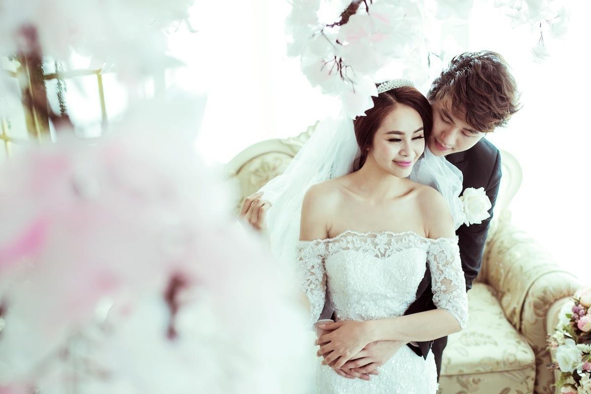 Bật mí 7 tư thế và cách tạo dáng đẹp khi chụp ảnh cưới2