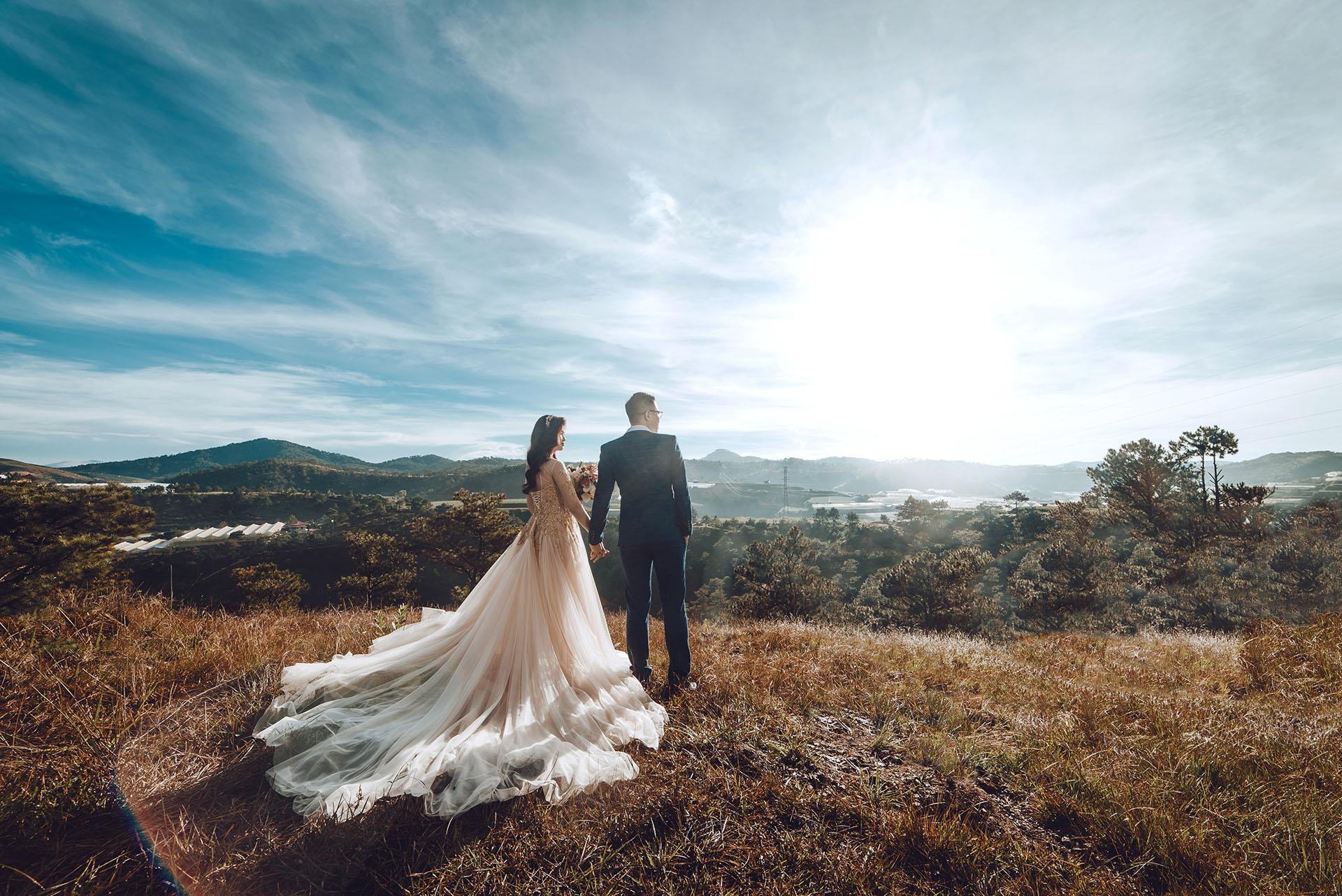 Bật mí 7 tư thế và cách tạo dáng đẹp khi chụp ảnh cưới3